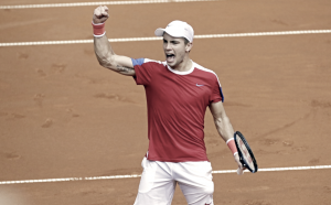 Davis Cup: Borna Coric wraps up victory for Croatia