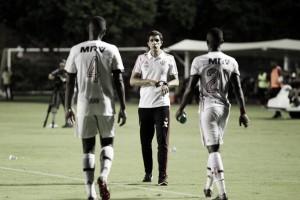 Maurício Barbieri enfatiza uso de árbitro de vídeo após polêmicas em empate do Flamengo