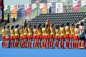 Las chicas del hockey empiezan el Europeo con empate