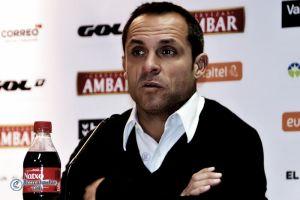 """Sergi Barjuan: """"Hemos creado un pequeño colchón de puntos con nuestra regularidad y ahora debemos ir partido a partido"""""""