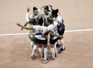 De virada, Sesc-RJ derrota Camponesa/Minas fora de casa pela semifinal da Superliga