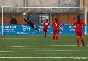 Primera División Femenina: el descenso arde