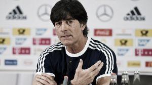 """Joachim Löw: """"Pienso en poner a Gündogan y Badstuber de titulares"""""""