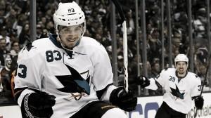 Matt Nieto renueva una temporada por los Sharks