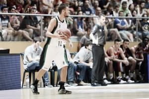 El Divina Seguros Joventut vence con solvencia a un mermado Bilbao Basket
