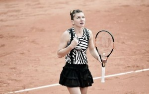 French Open 2016: Halep negotiates tricky Diyas to move into third round