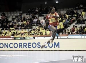 España coge carrerilla contra Angola