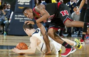 Michigan Wolverines Stymie Nebraska Cornhuskers