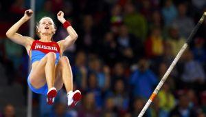 Sidorova sufre para alzarse con la victoria