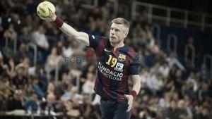 El Barcelona golea al ralentí