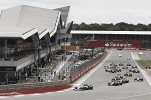Live GP Silverstone in diretta, F1: trionfa Hamilton, Rosberg sotto investigazione. Ferrari indietro