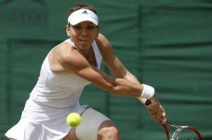 Halep arrolla a Lisicki y llega a las semifinales de Wimbledon