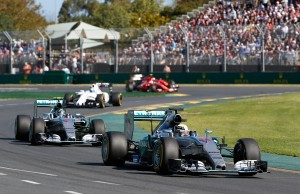 Vuelta al 2015: GP de Australia: solo once coches terminan la carrera