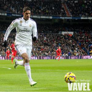 Varane se hace centenario con el Real Madrid