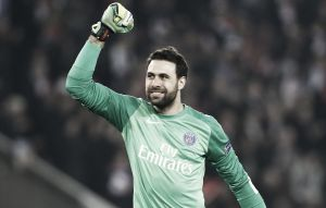 Tottenham reportedly interested in PSG 'keeper Sirigu