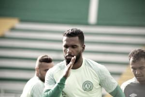 Luiz Antonio recebe proposta e pode trocar Chapecoense pelo futebol árabe