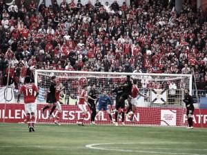 Águia sofre, mas Jiménez resolve o exame: Benfica bate Académica ao cair do pano
