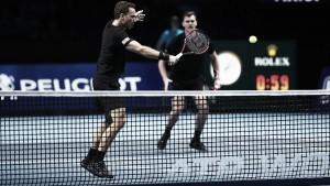 Soares e Murray atropelam e vencem a primeira no ATP Finals