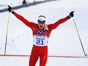 El suizo Dario Cologna gana el skiathlon 30km
