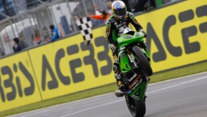 Supersport, Sofuoglu domina a Donington