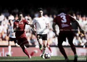 Carlos Soler, principal novedad de la sub-21 para el Europeo