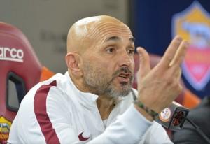 """Roma, Spalletti avverte: """"Se pensiamo al Real abbiamo fallito"""""""