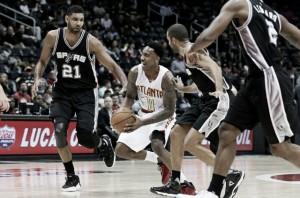 NBA, San Antonio passeggia su Atlanta (108-88)