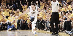 La Nba incorona Stephen Curry: è lui l'MVP della stagione