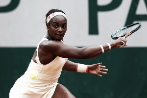 French Open: Sloane Stephens slams her way past Heather Watson