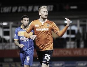 Jayden Stockley cambia Inglaterra por Escocia y se marcha al Aberdeen