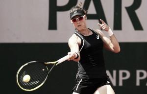 French Open: Samantha Stosur stuns Anastasia Pavlyuchenkova in straight sets
