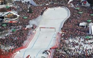 Nella terribile Streif di Kitzbuhel si fa la storia dello sci alpino