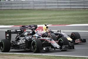 Newey teme a Mclaren y Toro Rosso de cara a 2016