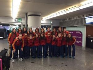 La selección femenina sub-16 arranca con buen pie en el Algarve