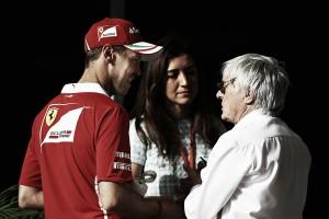 """Bernie Ecclestone: """"Sebastian y Lewis seguirán en la lucha por las victorias"""""""