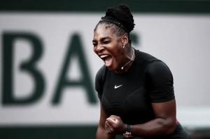 Serena no baja los brazos y continúa en Roland Garros