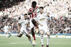 Resultado Swansea City vs Stoke City en la Premier League 2015 (2-0)