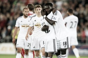 El Swansea da el primer paso para revivir su mejor recuerdo