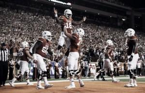 Texas Longhorns stun #10 Notre Dame Fighting Irish in instant classic