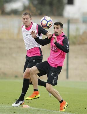Tabanou vuelve a entrenar con el Granada CF