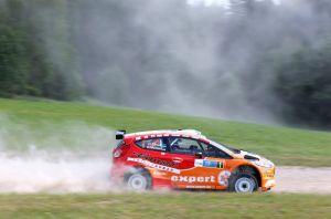 Ott Tanak muestra su calidad en la primera etapa del Rally de Estonia.