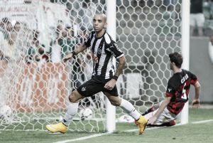 Atlético-MG bate Vitória no Independência e alcança quarta vitória seguida no Brasileirão