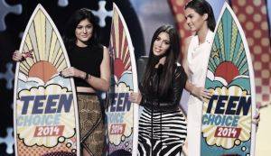 'Pretty Little Liars' y 'The Vampire Diaries' arrasan un año más en los Teen Choice Awards 2014