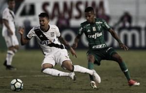 Tchê Tchê é absolvido pelo STJD e pode disputar clássico com Corinthians