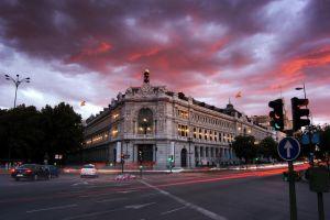 El Banco de España insinúa que la economía podría crecer en el tercer trimestre, pero no lo asegura
