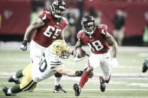 Los Falcons vuelan alto sobre un genial Aaron Rodgers