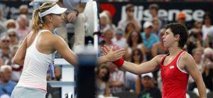 Sharapova con paso firme en Brisbane