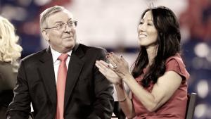 Kim Pegula, la segunda mujer que preside un equipo de la NFL