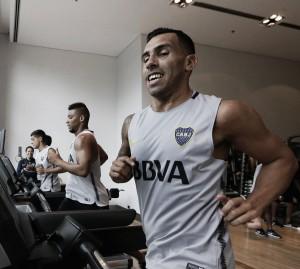 Após um ano na China, Tévez retorna ao Boca Juniors
