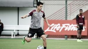 Paysandu anuncia contratação de meia Thomaz e atacante Claudinho